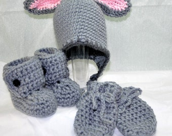 Bunny Earflap Hat, Booties and Mittens in size 0 to 6 Months