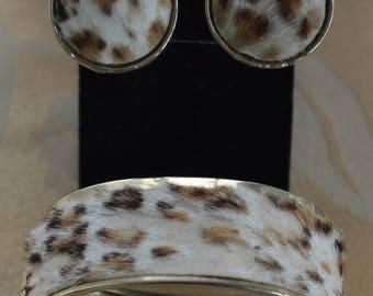 Faux Fur Leopard Bracelet, Clip Earring Set, Vintage, Gold tone, Bangle (AN12)