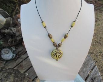 CREATING ceramics - necklace - made in FRANCE. unique piece