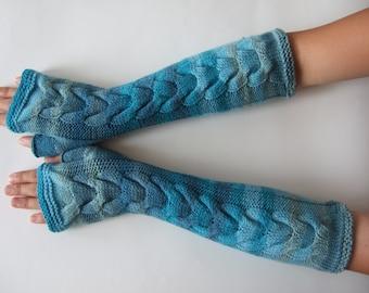 Handmade light blue fingerless gloves, wrist warmers, fingerless mittens. Soft and warm. PURE wool.