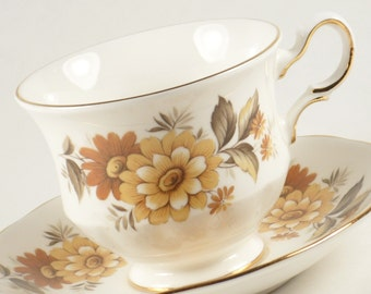 Vintage QueenAnne Bone China 8620 Brown Floral Teacup Saucer Tea Cup