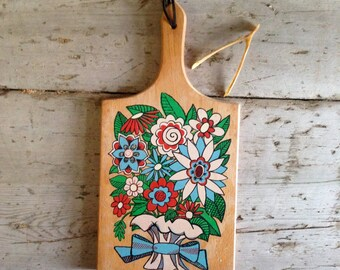 Mid Century wooden cheese board / kitsch kitchen decor / cheese tray / floral cheese tray