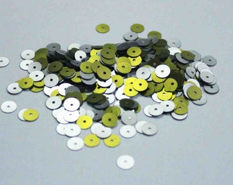 100 Round Lime Green and Silver Sequins.....one side Lime Green and the other side Silver KBRS016