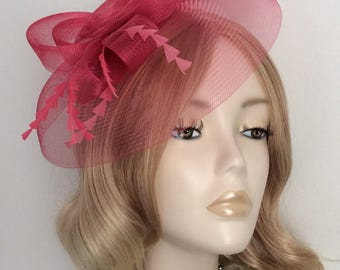 RASPBERRY PINK FASCINATOR, Made of Crin, feathers, On a clip