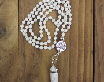 Patience Mini Mala / Howlite Necklace / Mala 108 Beads / Gemstone Necklace / Hand Knotted / Pendant Necklace / 3mm Beads / Raven Charm