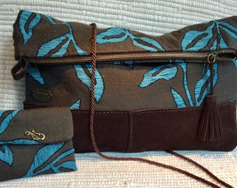 Folder clutch and shoulder bag with matching purse