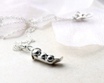 Three Peas In A Pod Necklace, Fine Silver Pea In A Pod Pendant, Silver Pea Pod Charm, Sentimental Jewelry, Mother's day gift, mom to be gift