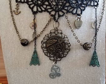 Lace collar, Victorian style charm necklace