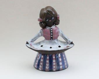 Cute vintage retro ceramic lady figurine / sculpture. Designed by Gunnar Nyman, Sweden Scandinavian