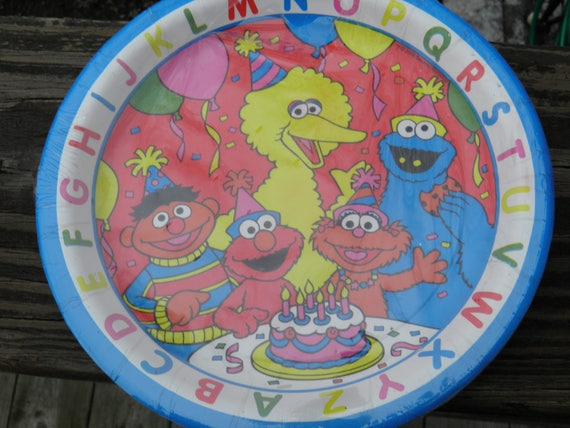 Vintage paper plates/party supplies/7\  plates/Happy Birthday/Dessert/paper plates/Sesame Street/Big Bird/Elmo/Cookie Monster/kids birthday from BlueBirdMoon ... & Vintage paper plates/party supplies/7\