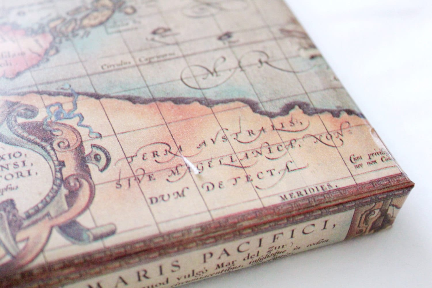 Old world map wrapping paper 2x10 ft masculine gifts zoom gumiabroncs Gallery