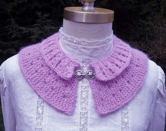 Lilac Knitted Collar