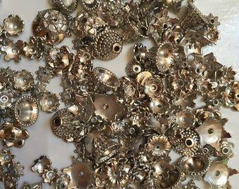 390 acrylic Silver Flower bead caps