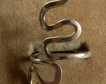 A Sterling Silver Ring in an Organic Design... Size 8