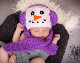 Snowman Hat with Scarf included-Newborn or 0-3 months/Snowgirl Photo Prop/Christmas Photo Prop/.Newborn Christmas Prop