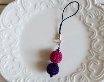 Crochet bead zipper pull, beaded cell phone charm, beaded zipper pull, ultra violet, pink, spring accessory, gift idea, ready to ship