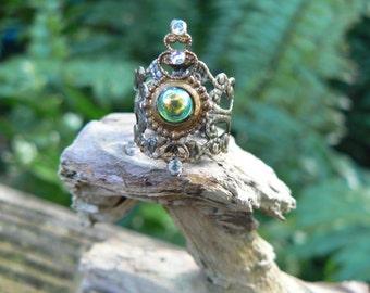 peridot midi ring green armor ring knuckle ring nail ring claw ring  finger tip ring elfin elf goth victorian moon goddess pagan boho gypsy