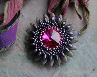 Beaded Purple Daisy Necklace