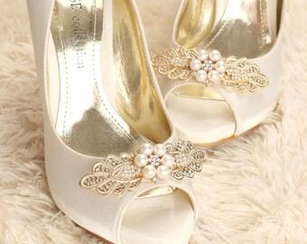 rhinestone shoe clips, shoe clips, crystal shoe clips, bridal shoes clips, wedding shoes clips, pearl shoe clips, gold shoe clips