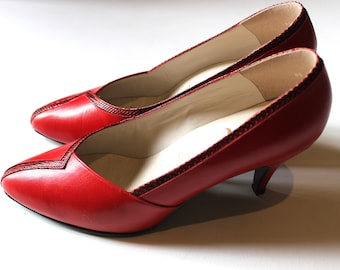 70s Glenn Elkin Couture Pumps, Made in New Zealand, Vintage Leather Red Heels, UK 6.5, US 8.5, Euro 39, Red Pumps, Leather