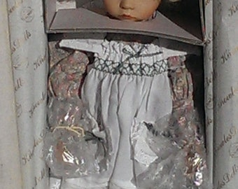 Vintage Aston Drake Mary Mary Quite Contrary Porcelain Doll