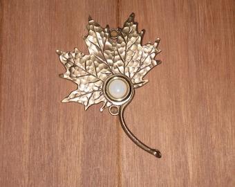 Bronze Maple Leaf Doorbell