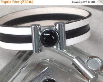 On Sale NOW 25%OFF Magnetic Black Onyx Clasp For 5mm - 15mm Flat Leather Cord Antique Silver C558 Qty 1