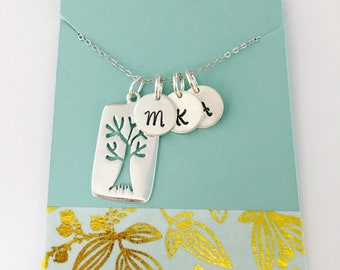 Family Tree Grandma Necklace, Sterling Silver Mom Necklace, Family Tree Necklace, Mom Initial Necklace, Personalized Grandma Necklace