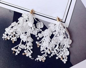 1pair (2pcs),  Approx 90mm x 40mm, Lace Tassel in White