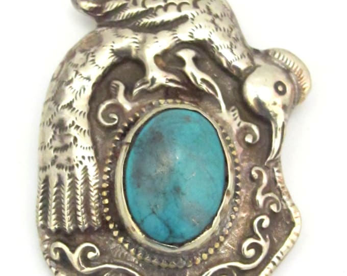 Tibetan silver repousse bird  pendant inlaid with turquoise inlay- ethnic nepal pendant -  PM271Bx