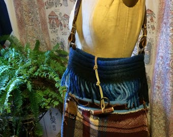 Handmade mixed wool and leather purse with belt strap