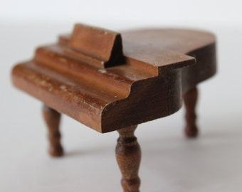vintage miniature baby grand piano dollhouse size grand piano wooden furniture instrument solid wood 1950s Halls Lifetime Toys