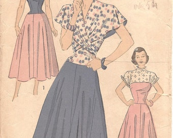 1940s Sundress Pattern with Wrap Around Cape - Vintage Pattern Advance 4863 - Bust 34