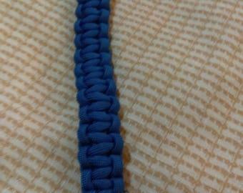 8 1/2 Inch Paracord Bracelet (Cobra weave)