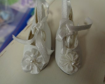 Teeny Tiny White German Style Doll Shoes  Vintage Doll Shoes-Size 8