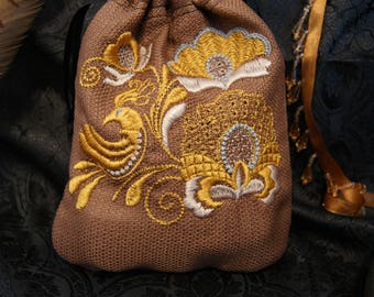 Small bag with floral ornament