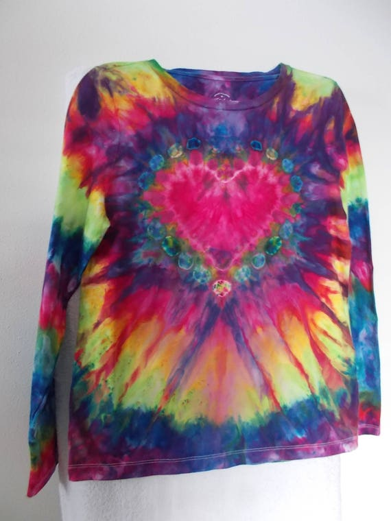 Ice-Dyed Heart Young Girls tie dye Heart Shirt Valentine Shirt