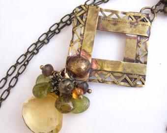 Citrine et collier de dentelle en laiton - laiton Antique, Citrine et pierres précieuses