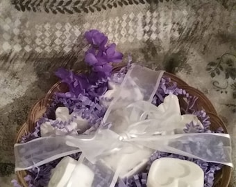 Lavender Goat Milk  Soap Basket Set*lavender*goat milk soap*goat milk candle*basket*gift basket*purple*guest soap*