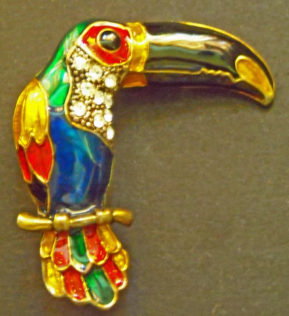Vintage Enameled Toucan brooch Pin with Many Colorful Rhinestones