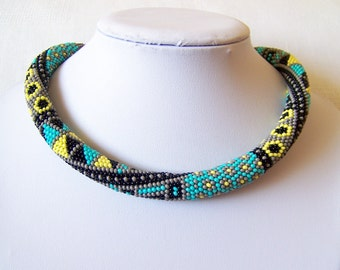 Bead crochet necklace with geometric pattern - Beaded rope necklace - Patchwork Ethnic necklace - Beadwork - native american necklace