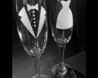 Bride & Groom Champange Glasses, Tux, Tuxedo, Wedding Dress, Champagne Flutes, Wedding Glasses