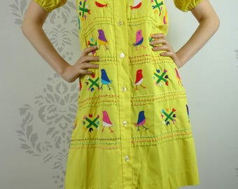 VINTAGE YELLOW DRESS 1960s Yolanda Embroidery Size Small