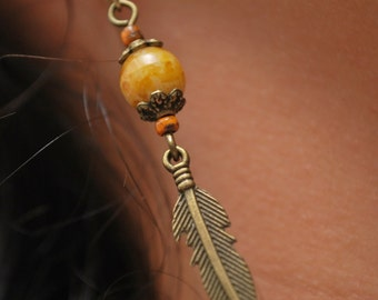 Rustic Feather earrings, Gypsy hippie earrings, Boho earrings, Summer fashion, Long earrings, beige beads earrings.