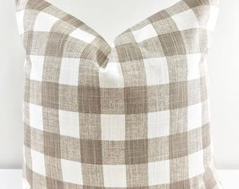 Buffalo Plaid Ecru & white  pillow cover. Buffalo Plaid  Print Pillow cover. Throw pillow cover. Cotton. Sham Pillow case. Select your size.