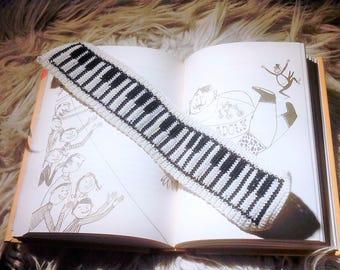 Crochet Bookmark Piano, Knitted Bookmark piano Handmade, Crochet Bookmark, Funny bookmark, Book accessories, Unique Bookmark
