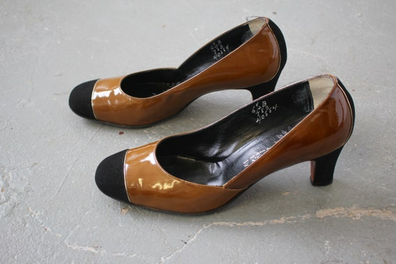 and pumps 5 shoes heels 60s B 1960s brown 60s patent two vintage black heels heels suede heels 6 low 60s 60s toned leather 17fxz