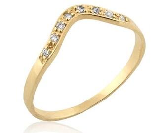 Diamond Chevron Wedding Band, Diamond V Ring, Chevron Wedding Band, Curved Wedding Band, Diamond Stacking Ring, Diamond Birthstone Ring