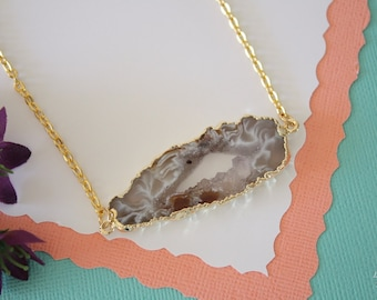 Geode Necklace Gold, Crystal Necklace, Double Sided Geode Agate Slice, Druzy Pendant, Natural Pendant, Natural Stone, GDSN53