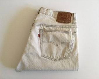 Vintage Men's 80's Levi's 501, White, Dirty Jeans, Red Tab, Denim (W36 x L30)